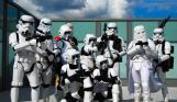 O czym piszczy R2