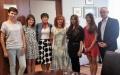 Kolejne spotkanie wolontariuszek - Hany Latović, Kinzy Zeb i Sharon Tong  z przedstawicielami władz